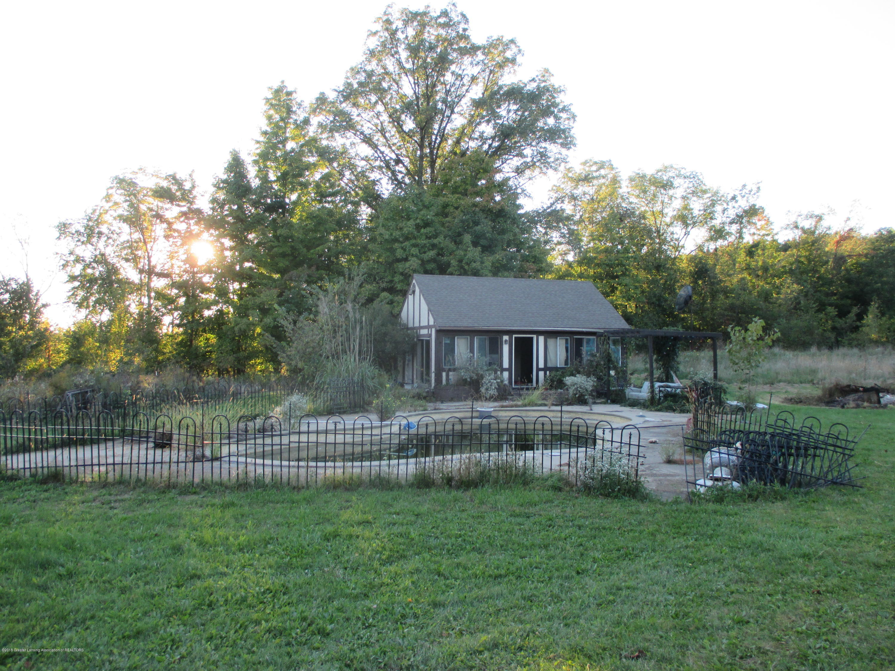 6086 Curtice Rd - IMG_2186 (1) - 4