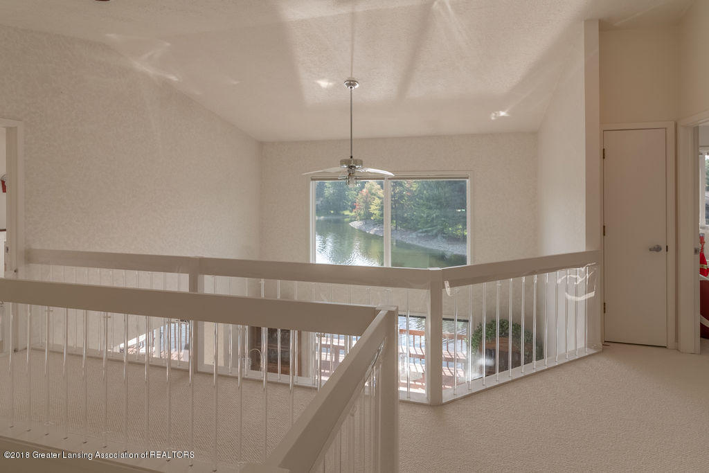 2451 Emerald Lake Dr - Fullsize-33 - 33