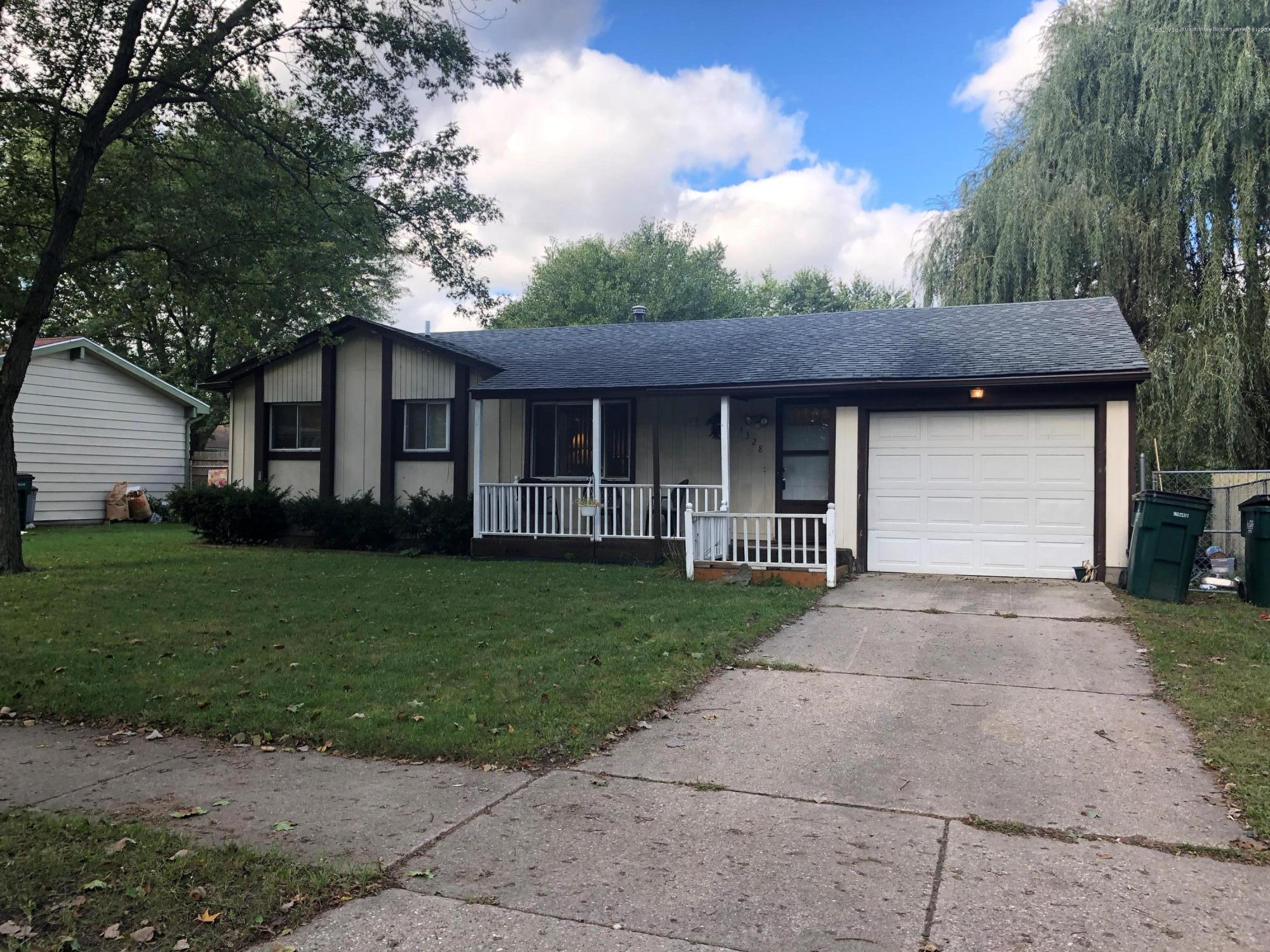 4328 Chadburne Dr - Front of Home - 1