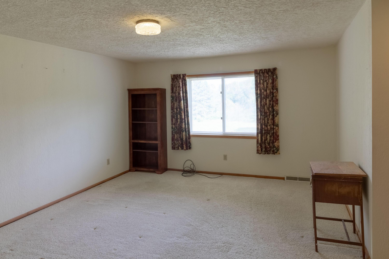 8057 Hunter Rd - Master Bedroom - 29