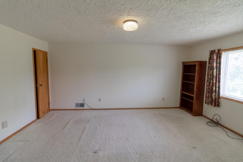 8057 Hunter Rd - Master Bedroom - 30