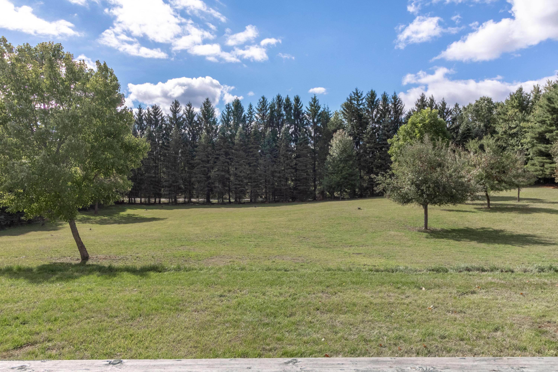 8057 Hunter Rd - Yard - 44