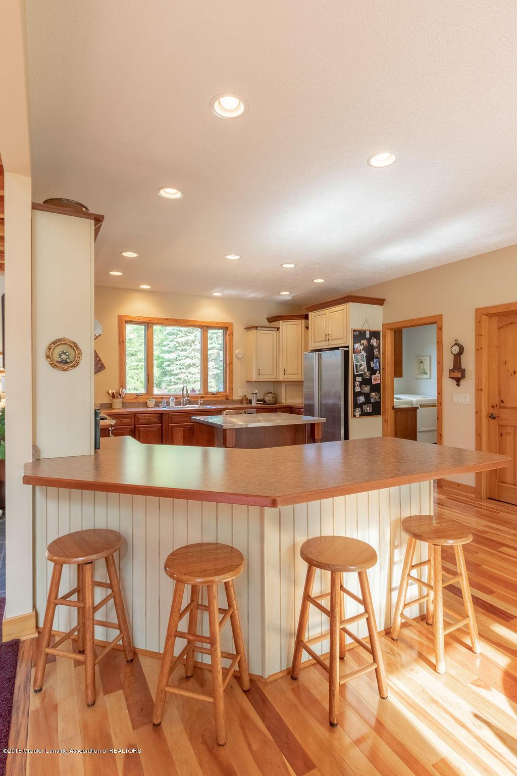 8502 Doyle Rd - Kitchen - 20