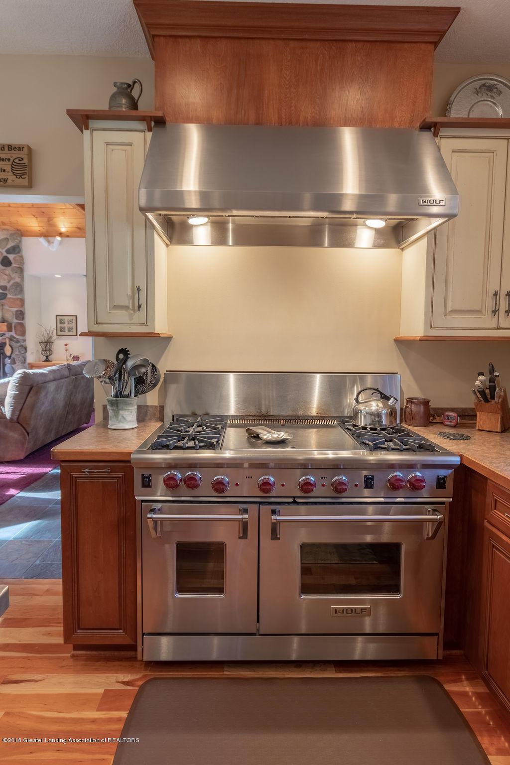 8502 Doyle Rd - Kitchen - 21