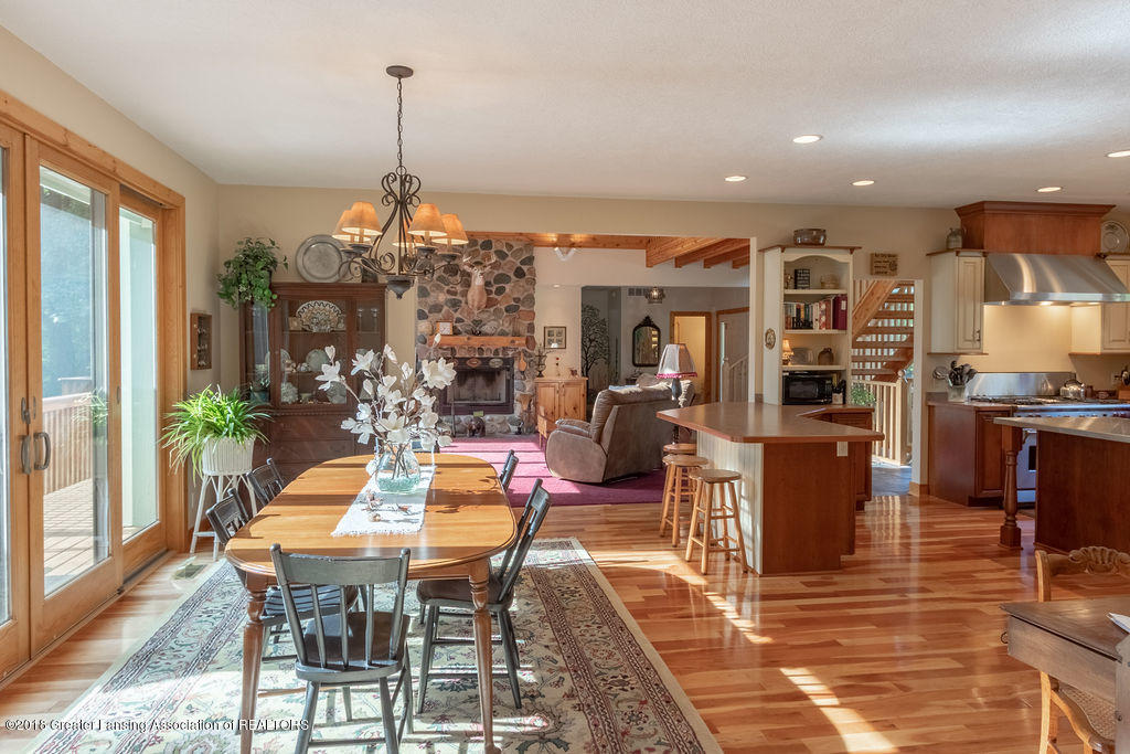 8502 Doyle Rd - Dining Room - 18