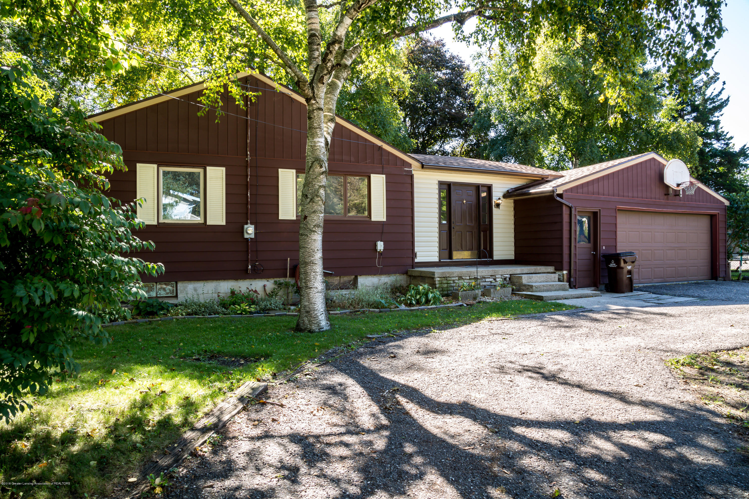 1857 Maple St - Home - 1