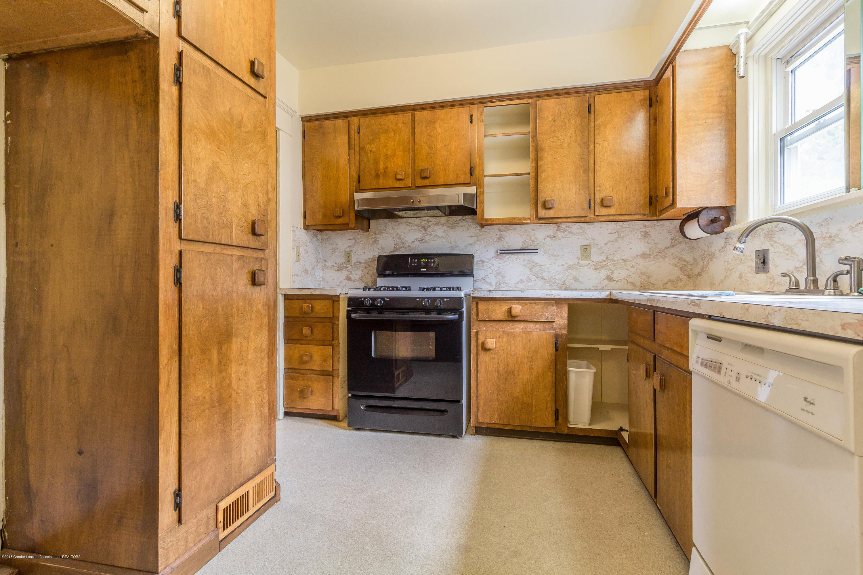 234 Shepard St - shepardkitchen2 (1 of 1) - 8