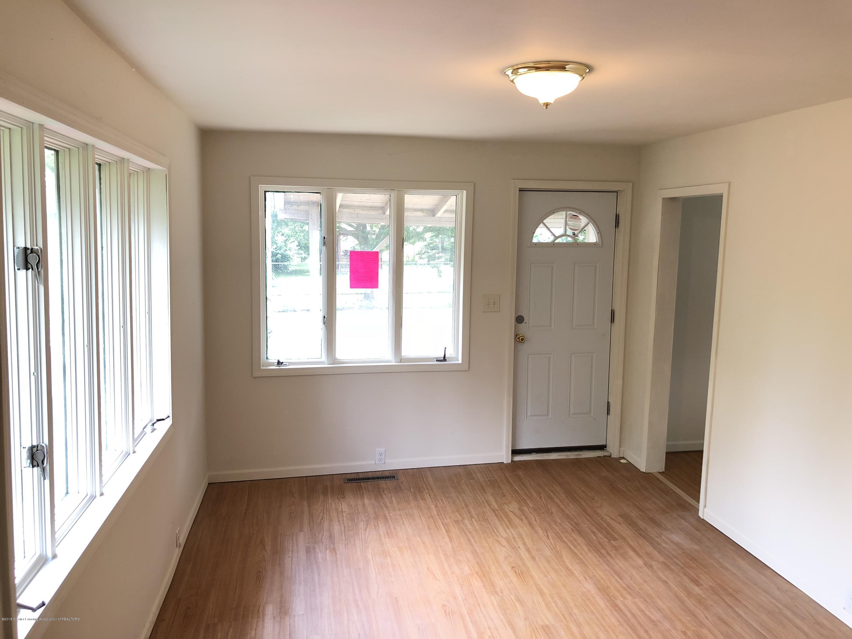 816 Alger Ave - Living room - 3