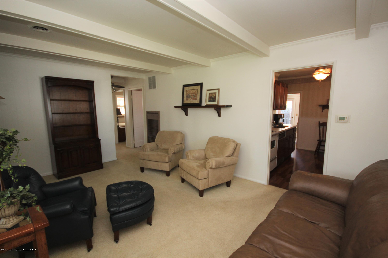 1415 Roselawn Ave - Living Room - 4