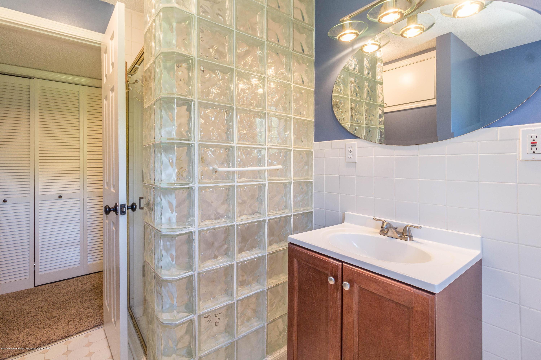 1656 W 5 Point Hwy - bathroom - 15