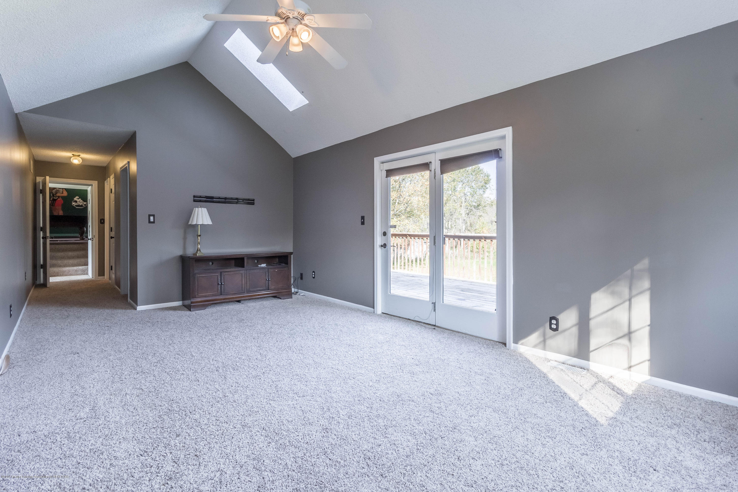 1656 W 5 Point Hwy - Master bedroom - 20