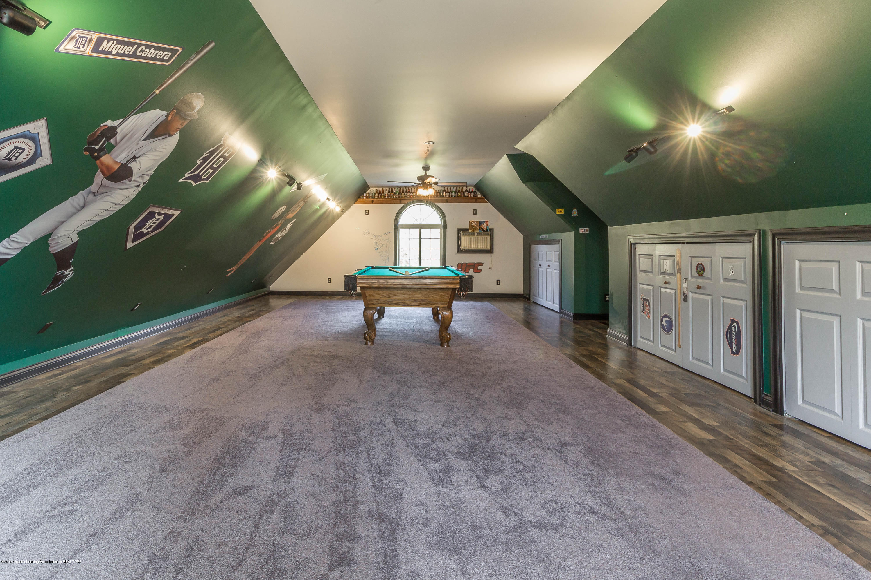 1656 W 5 Point Hwy - game room - 24