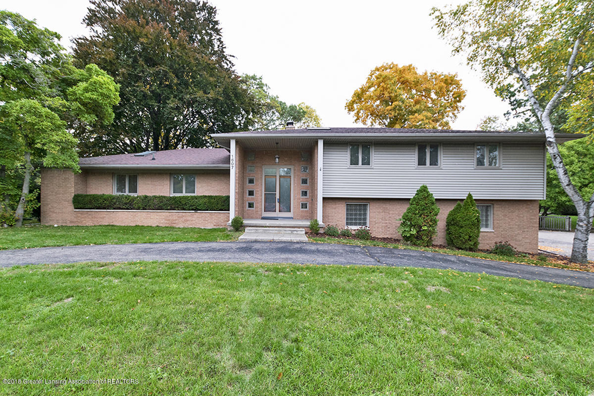 1607 Walnut Heights Dr - Front Exterior - 1