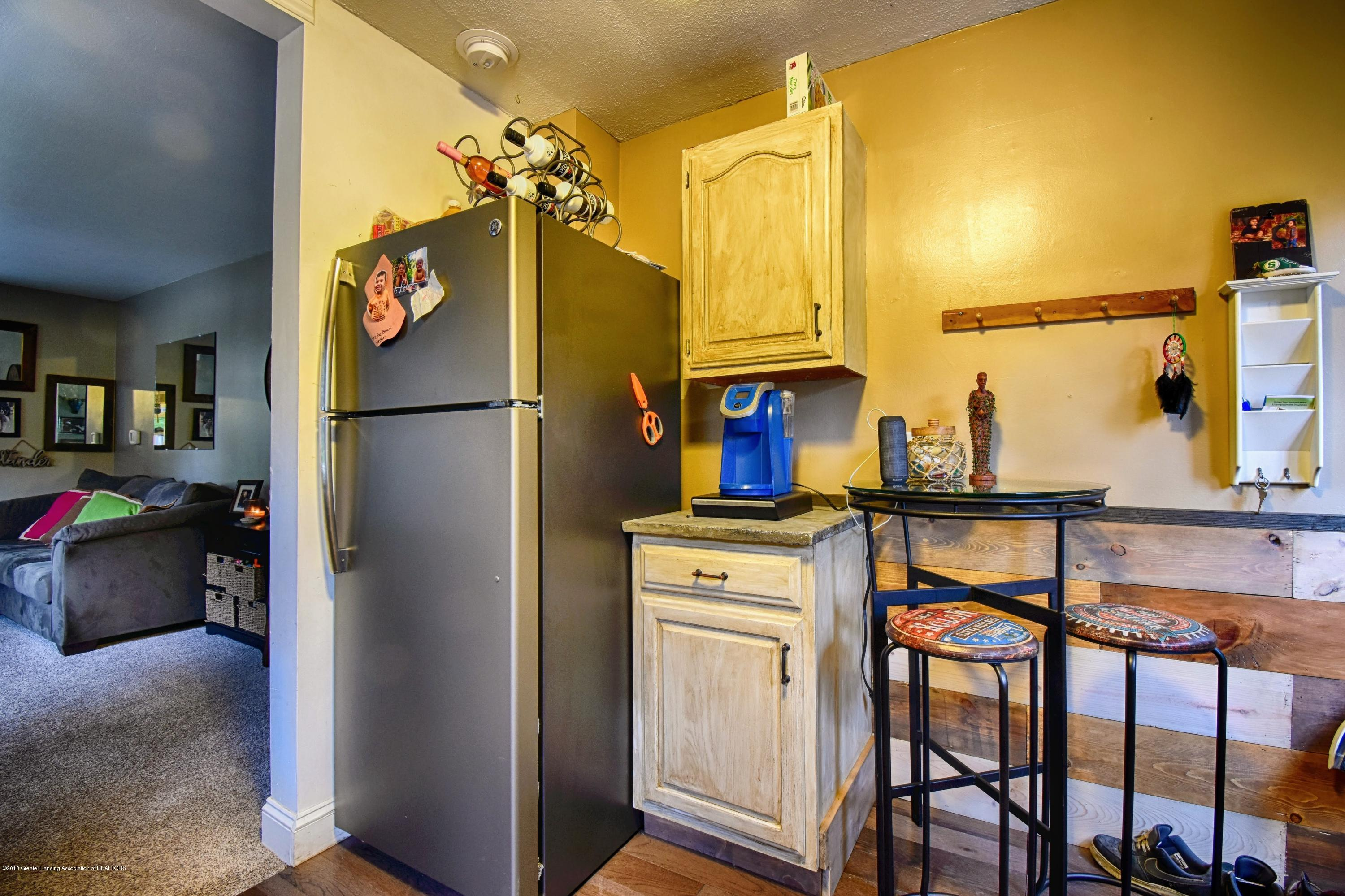 224 Huron St - Kitchen - 5
