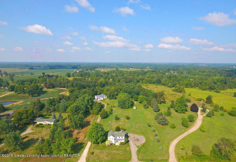 7171 N Fowlerville Rd - jFowlerville Rd Front Aerial 2 - 22