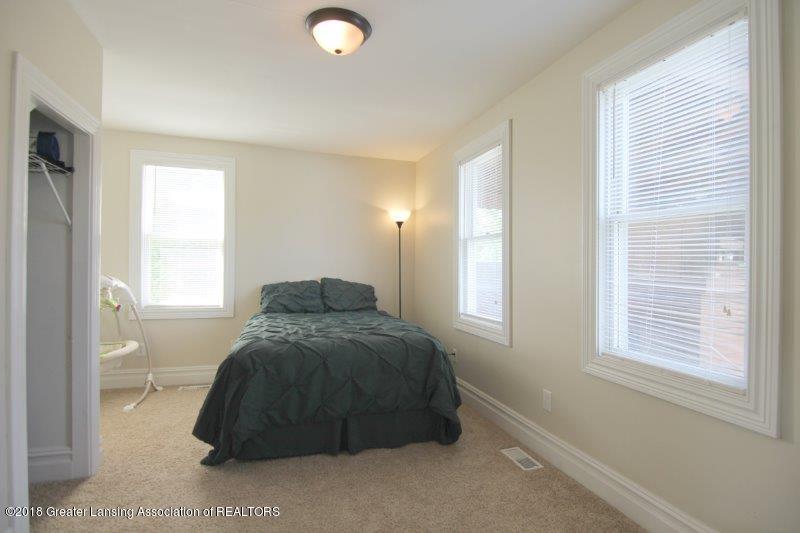 7171 N Fowlerville Rd - jFowlerville Rd Lower bedroom - 11