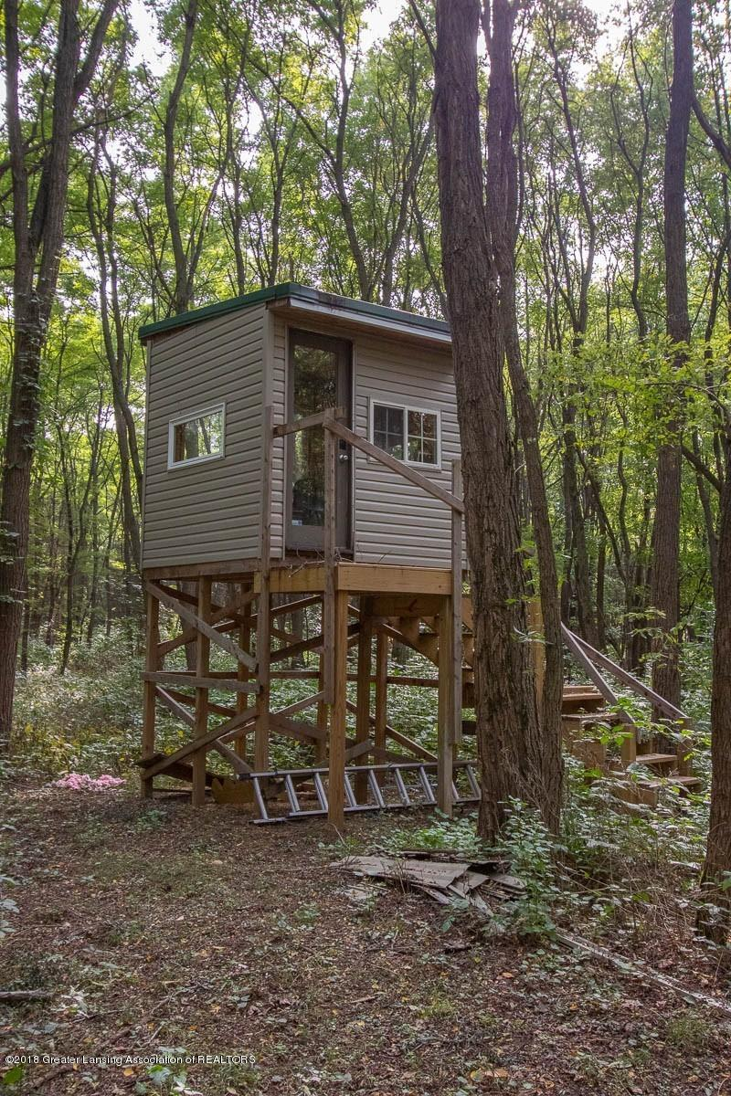 8502 Doyle Rd - Hunting Blind - 62