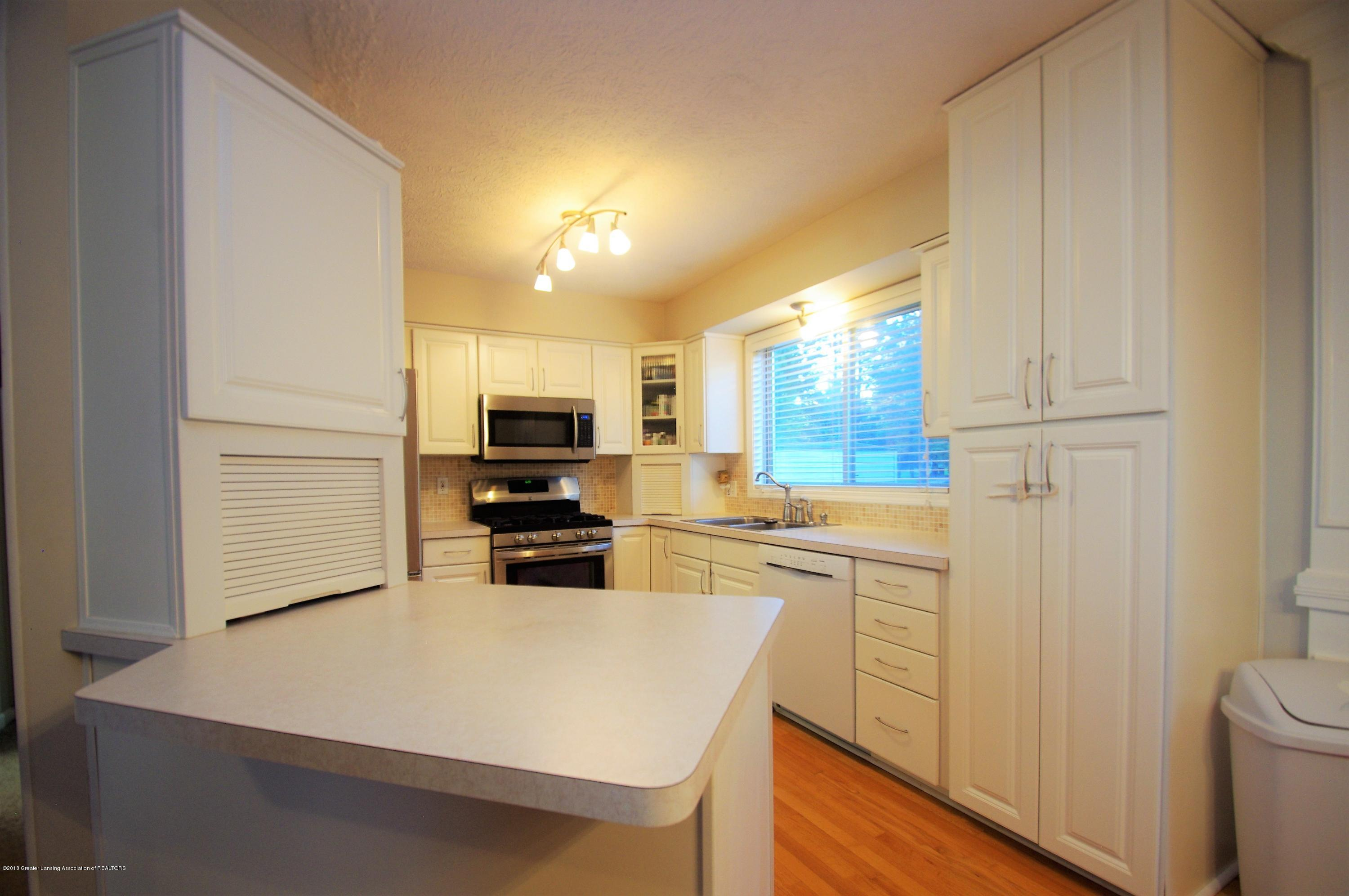 1248 Calumet Dr - Kitchen - 12