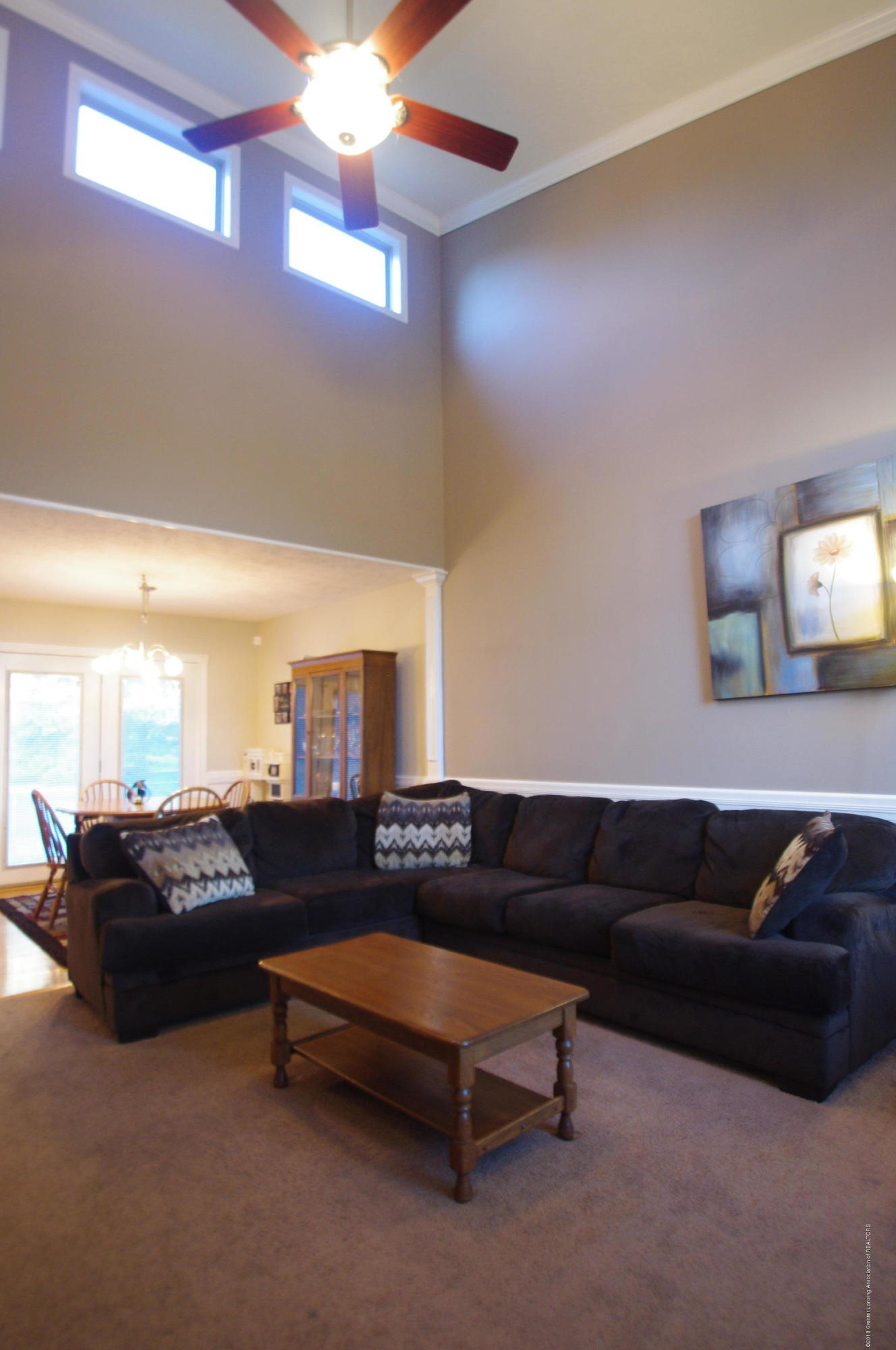 1248 Calumet Dr - Living Room - 7