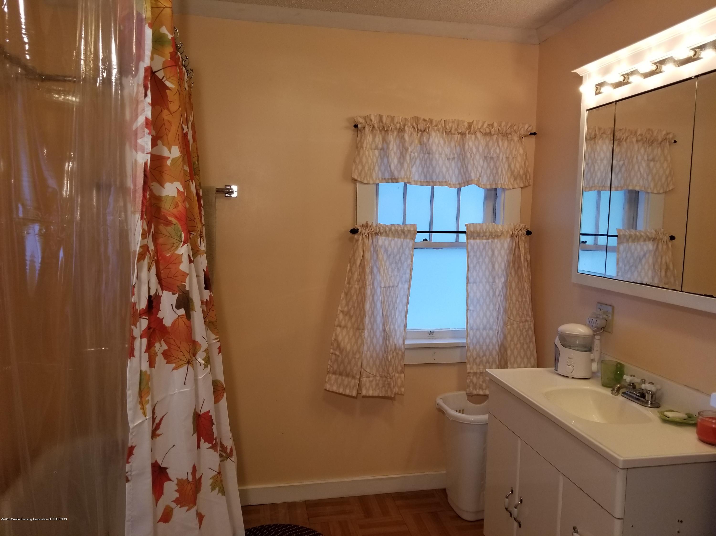 302 E State St - Bathroom - 27