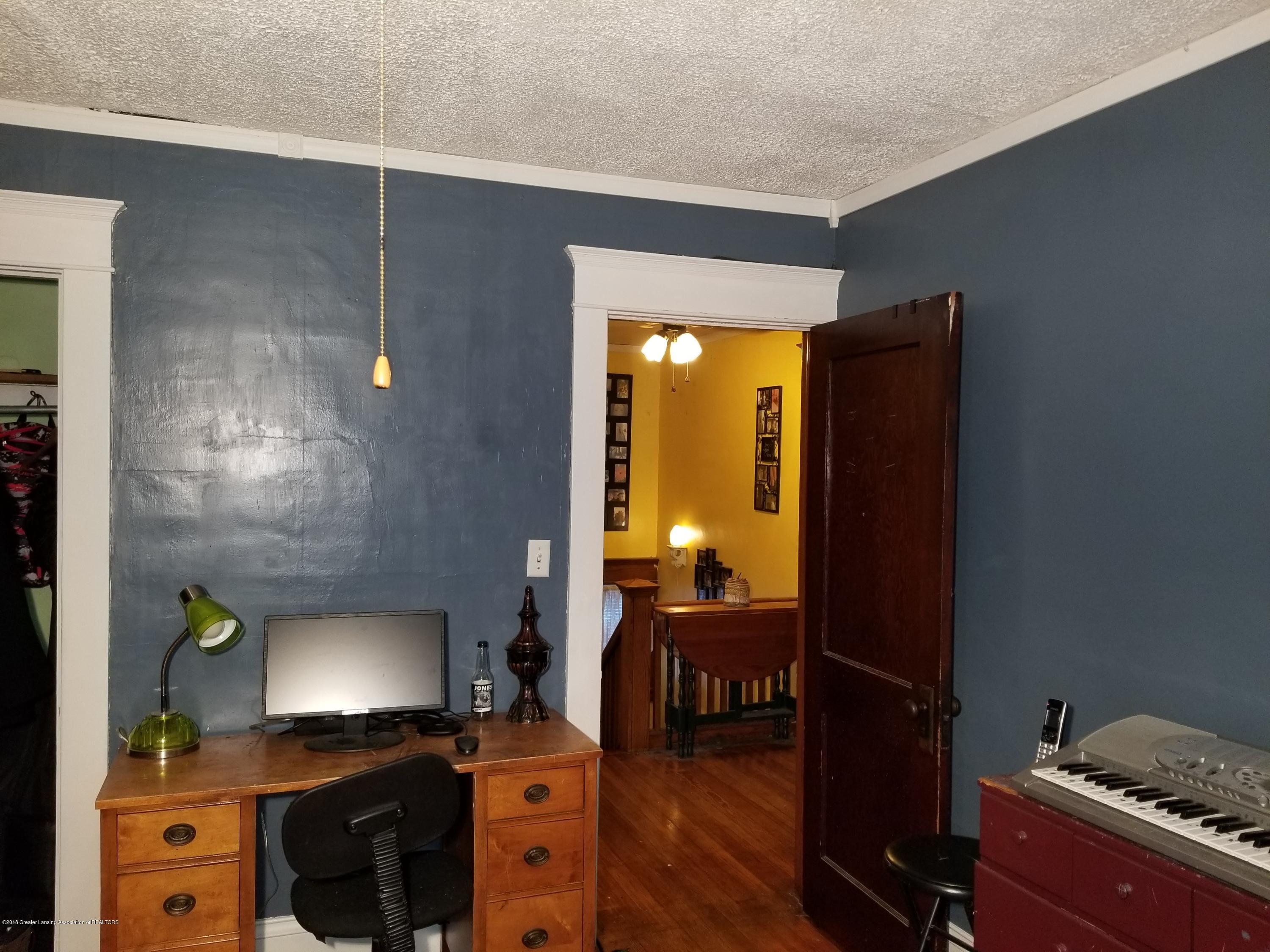 302 E State St - Bedroom - 36