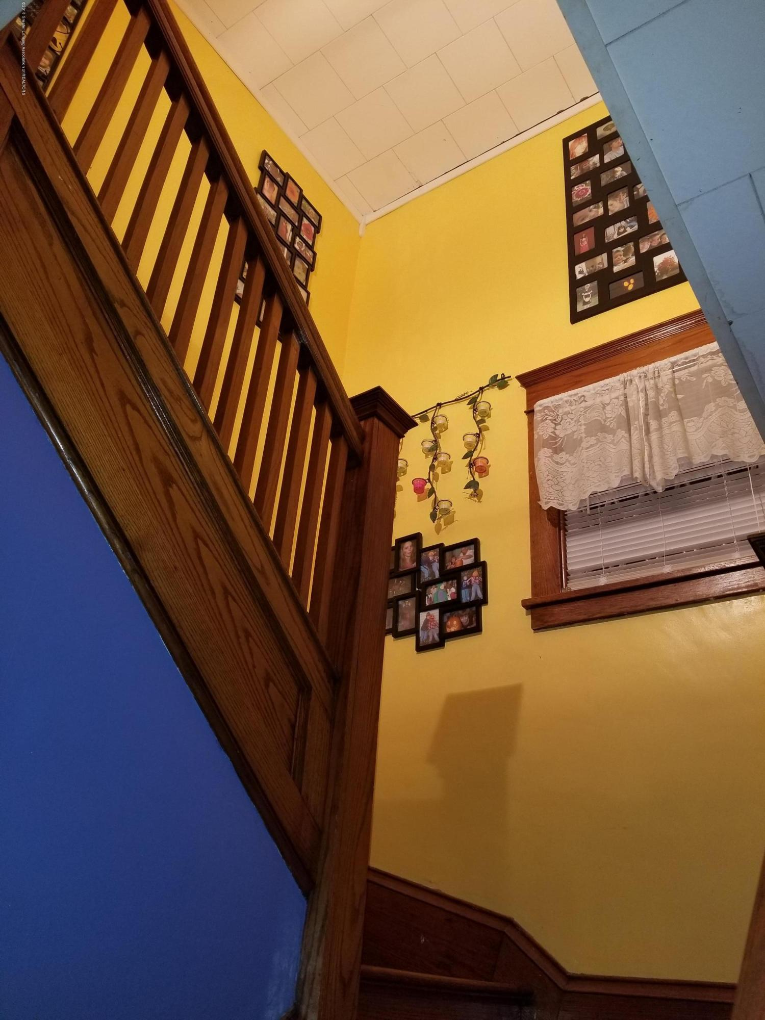 302 E State St - Parlor_Stairs - 23
