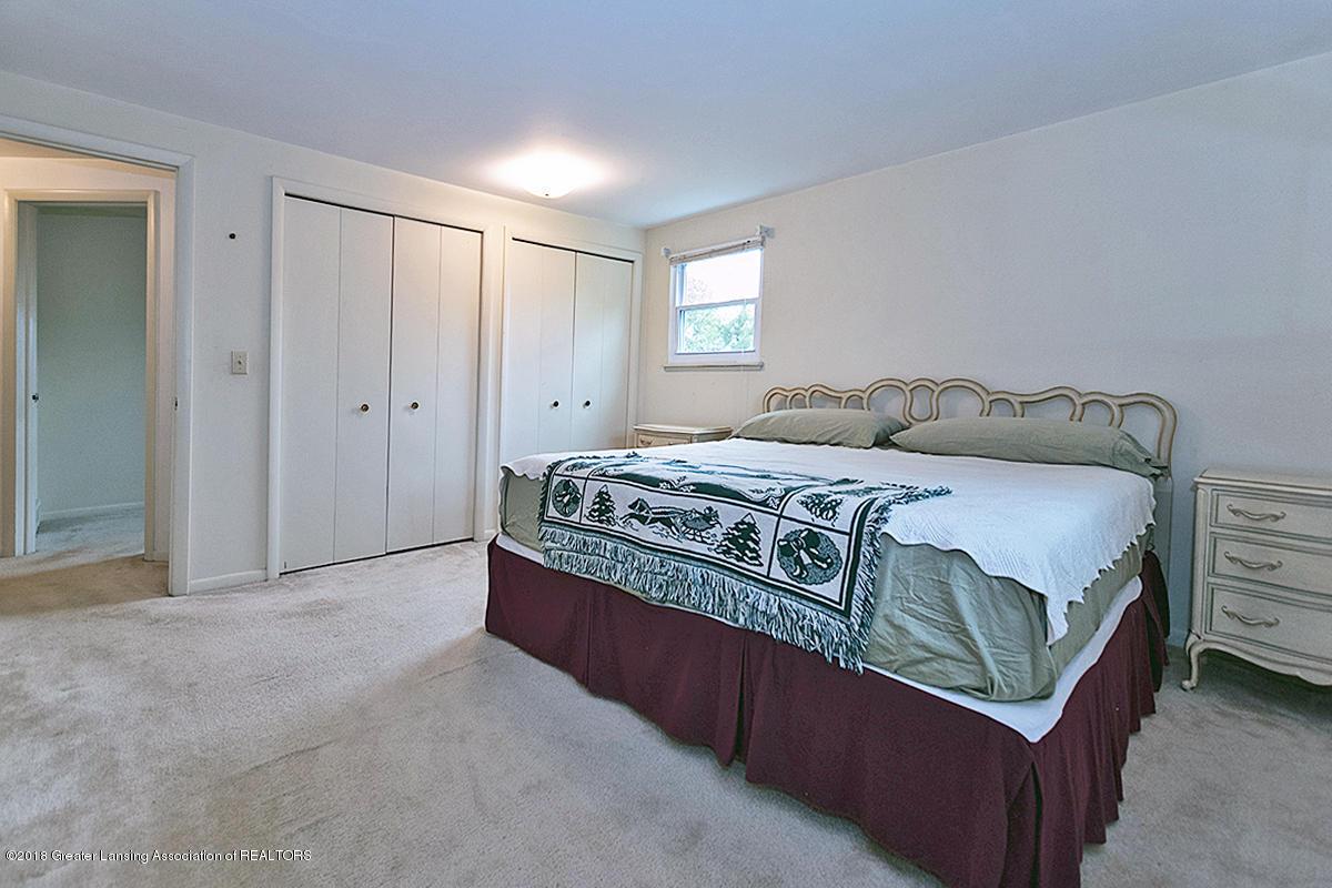 3596 E Hiawatha Dr - 3596 E Hiawatha Master Bedroom Closets - 7