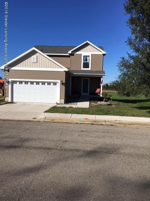 621 Muirfield Dr - Front - 1
