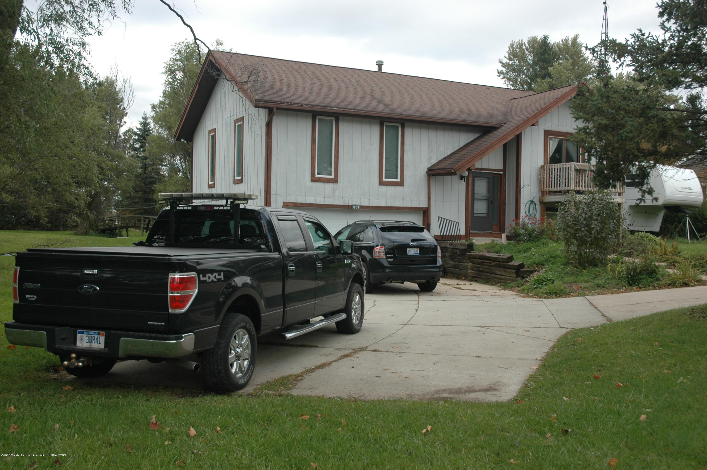 1909 Maple Shade Dr - Home Front - 2