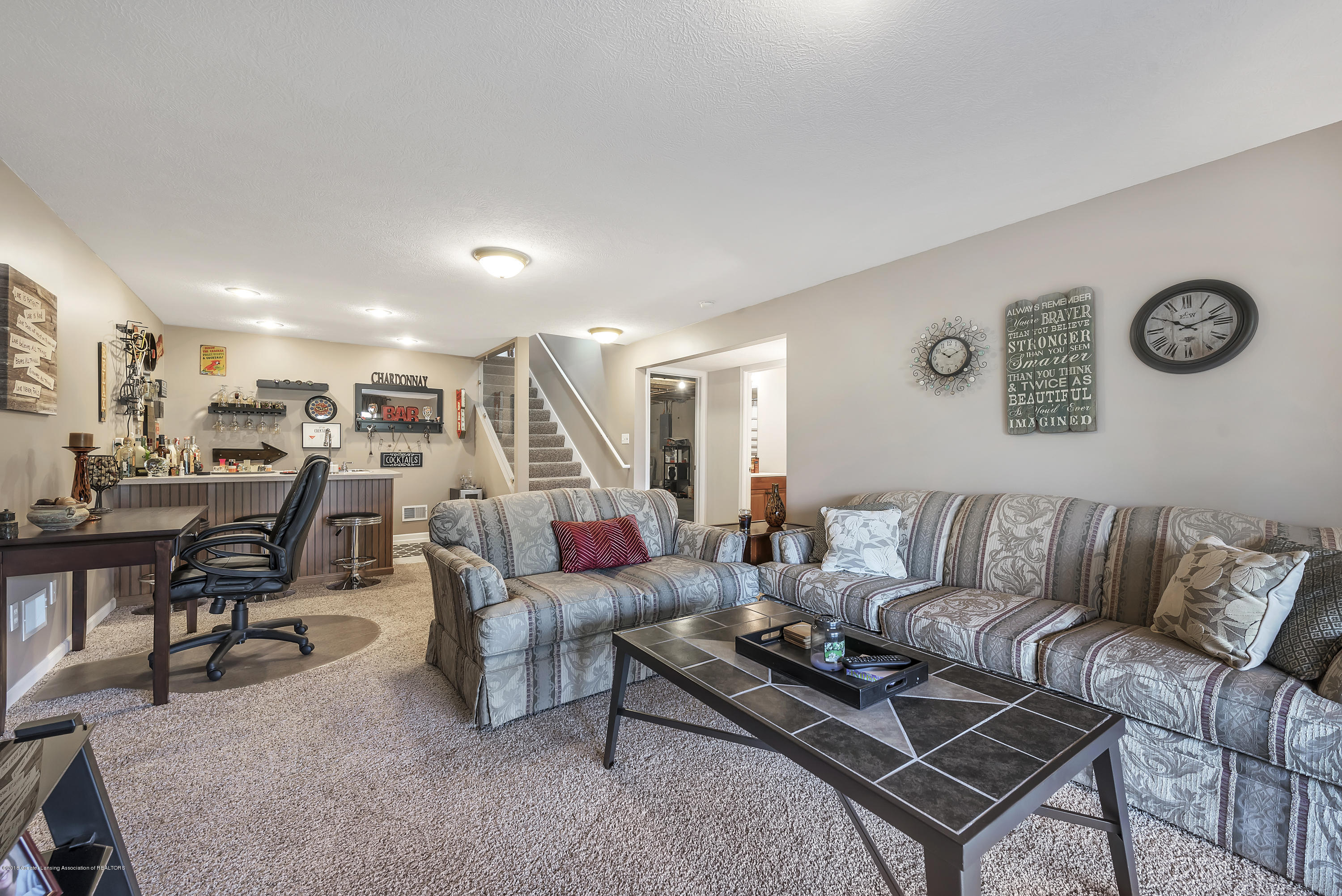 2037 Wyndham Hills Dr - Family Room to Wet Bar - 21
