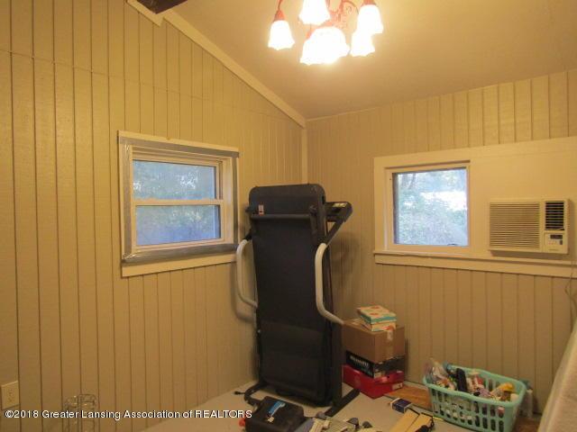 6491 Park Lake Rd - Bedroom 3 - 8