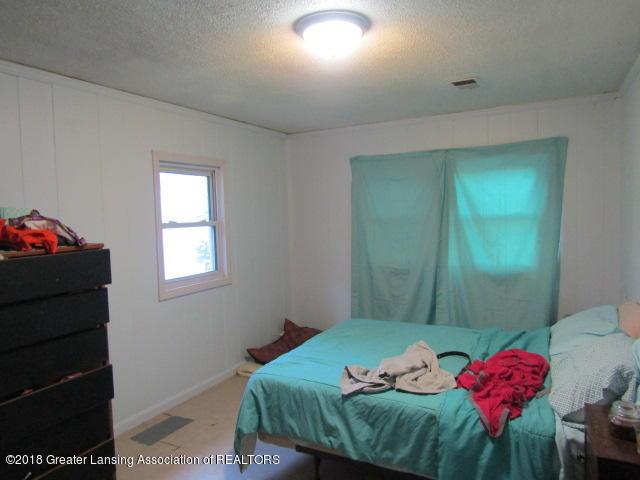 6491 Park Lake Rd - Bedroom 1 - 9
