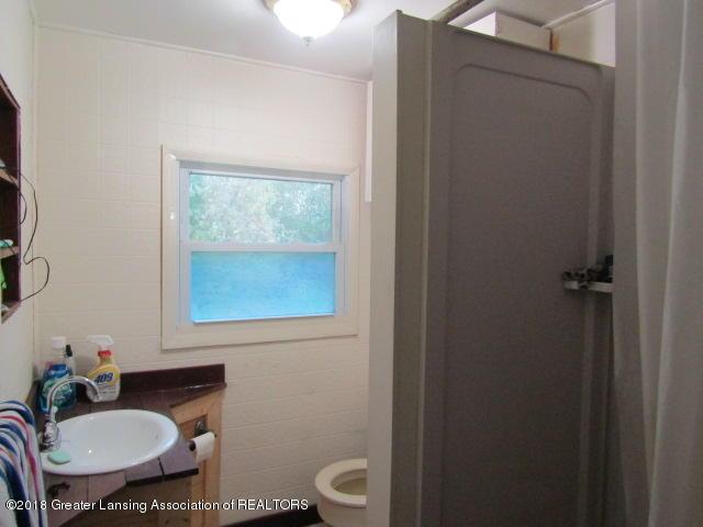 6491 Park Lake Rd - Bath - 14