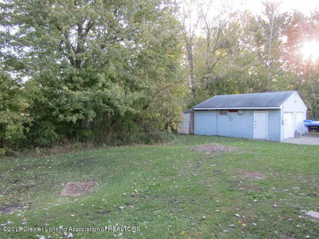 6491 Park Lake Rd - Big Garage - 20