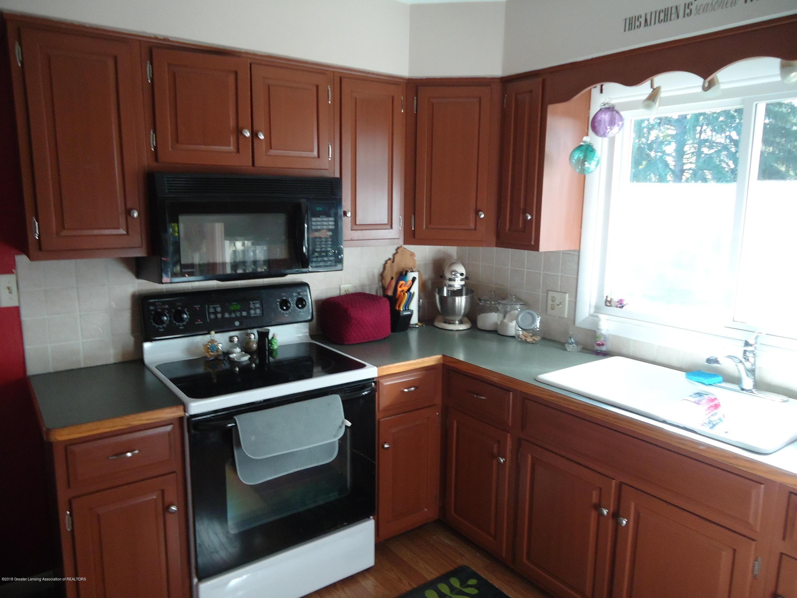 421 Beech St - 4 Kitchen - 4