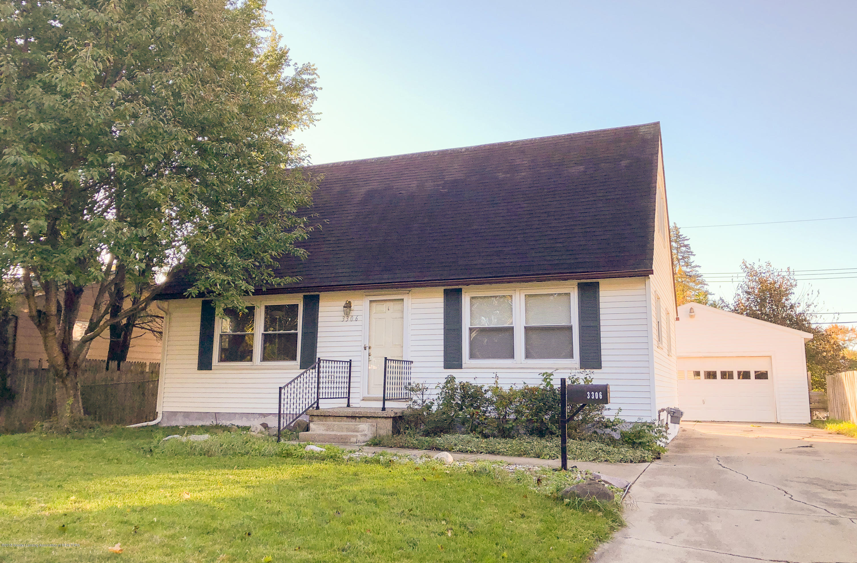 3306 Continental Dr - Ext Front - 1