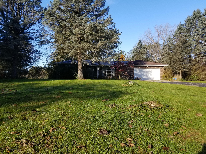 1749 N Michigan Rd - Exterior - 1