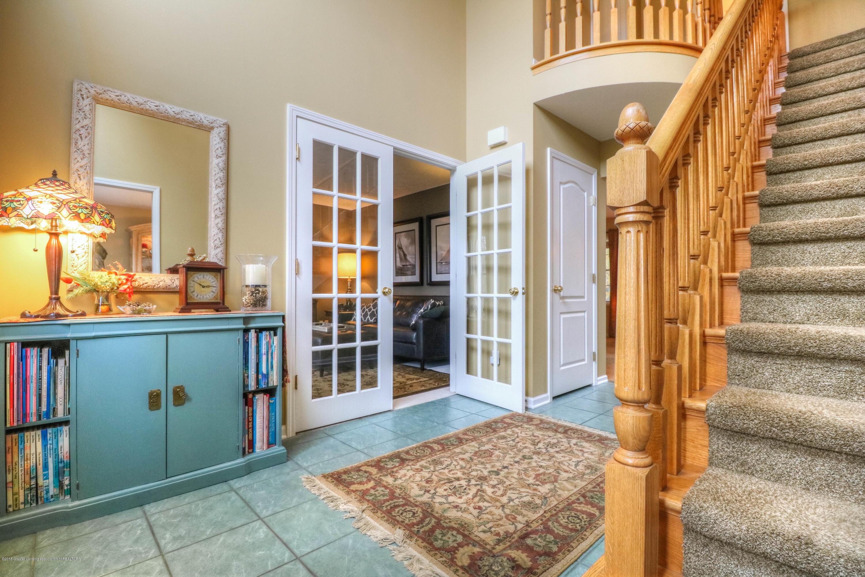 910 Oneida Woods Trail - Foyer - 3