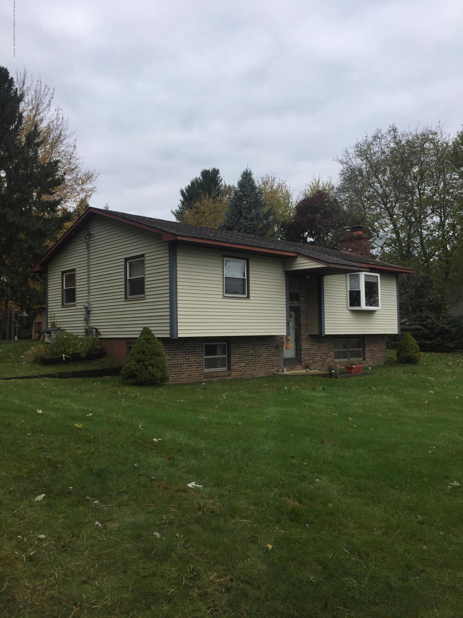 15000 Myers Rd - front - 1