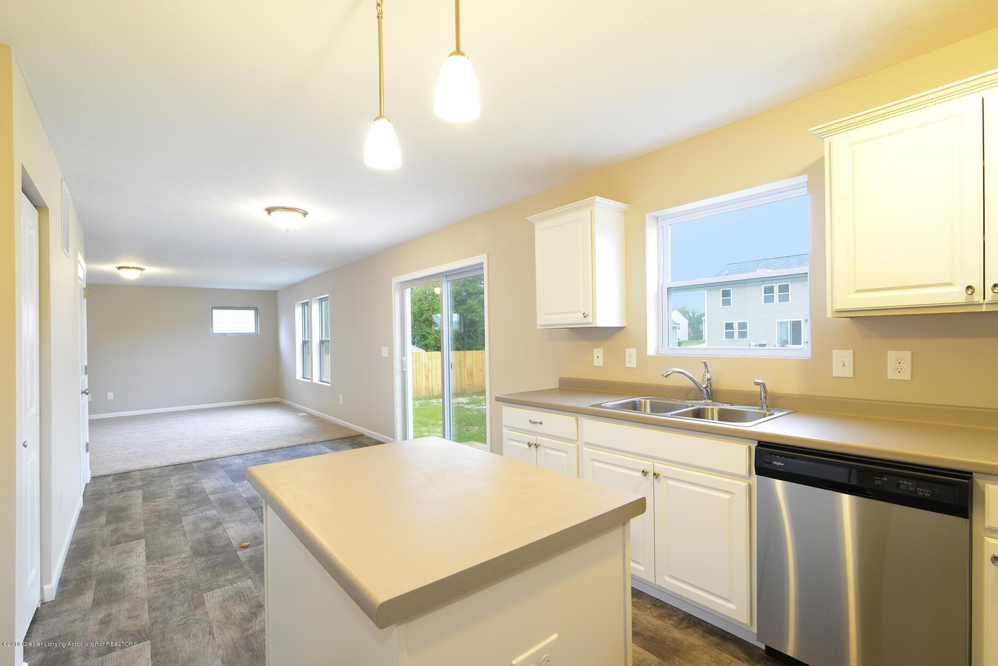 3586 Fernwood Ln - GDN111-E1700 Kitchen-2 - 5