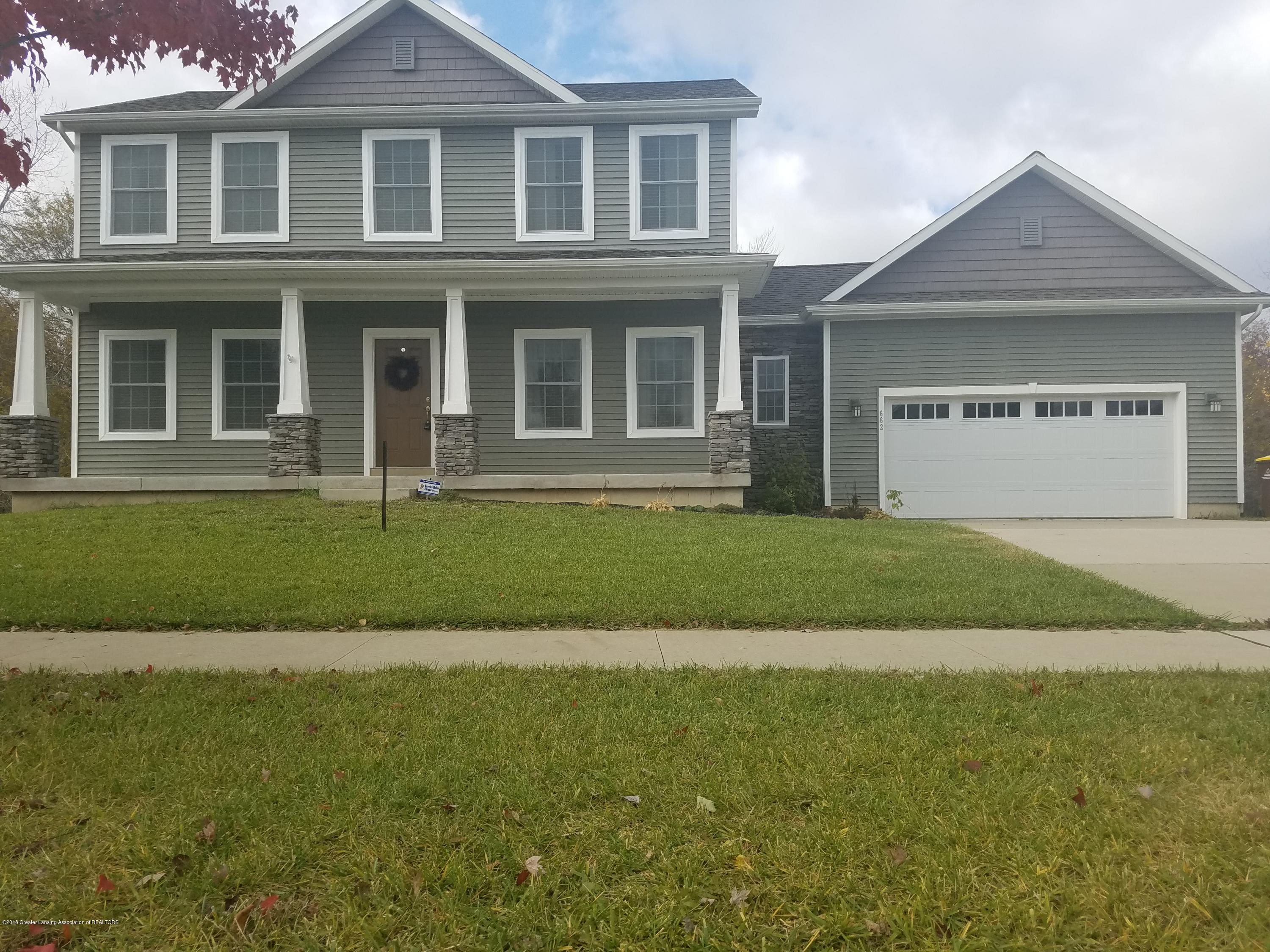 662 Emily Ln - Front - 1