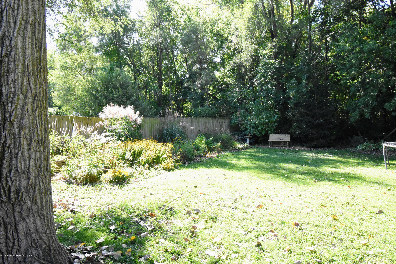 2029 W Miller Rd - Back yard/garden - 14