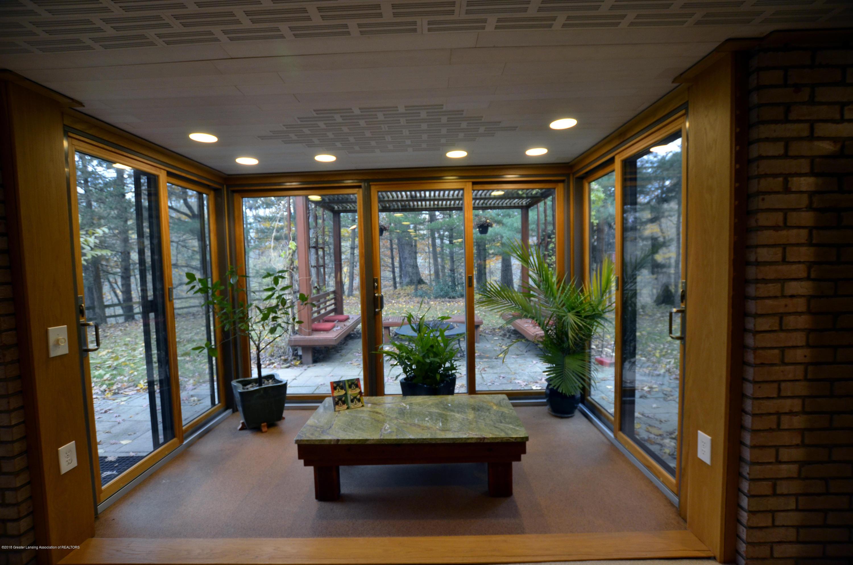 4045 Van Atta Rd - 4045 Van Atta Solarium windows - 33