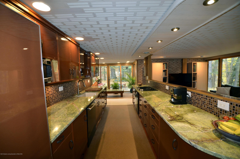 4045 Van Atta Rd - 4045 Van Atta Granite Counters - 23