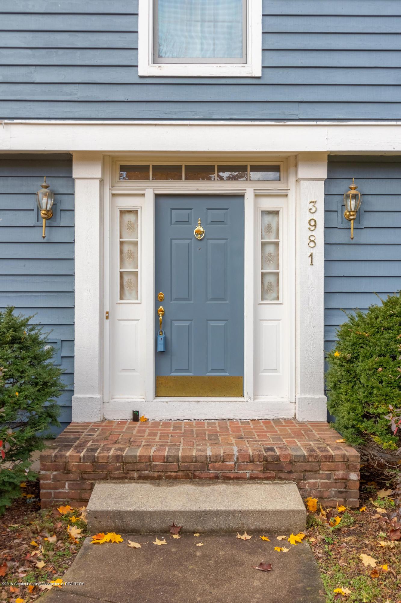 3981 Breckinridge Dr - Front Entry - 6