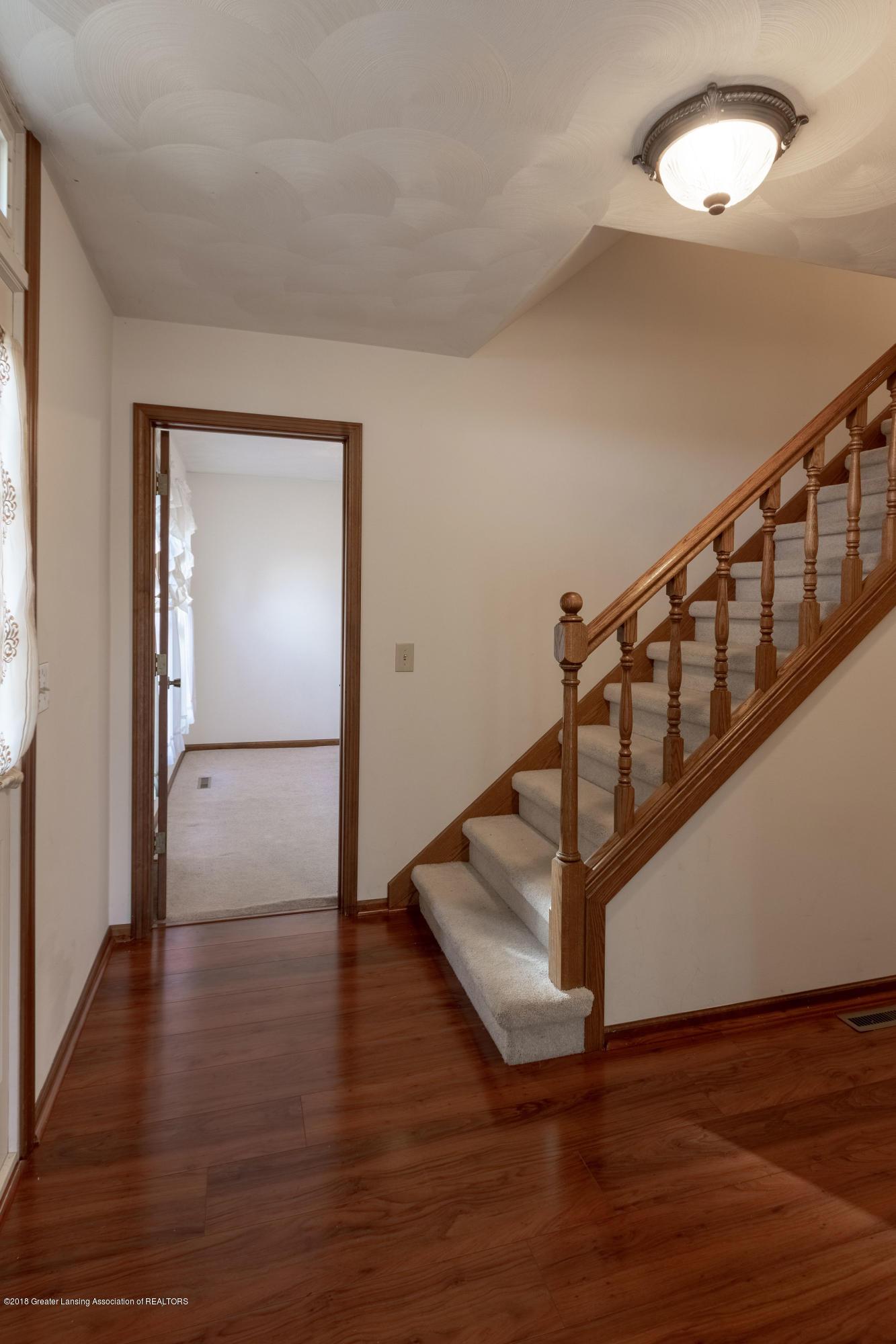3981 Breckinridge Dr - Foyer - 10