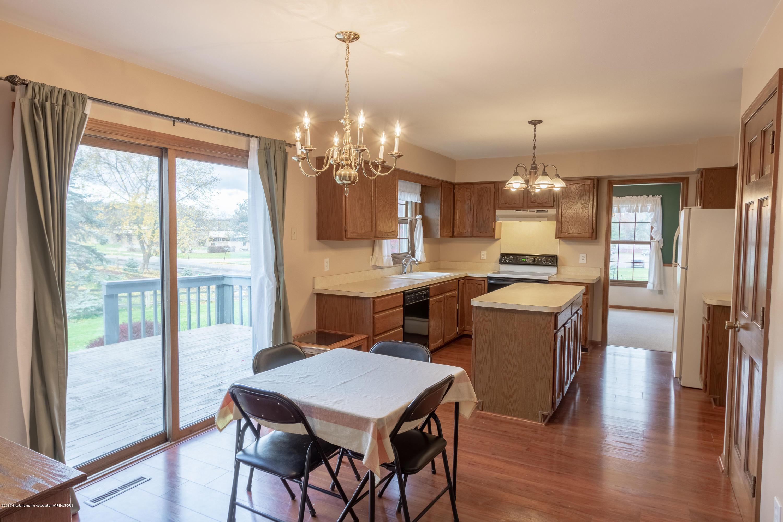 3981 Breckinridge Dr - Kitchen Eating Area - 22