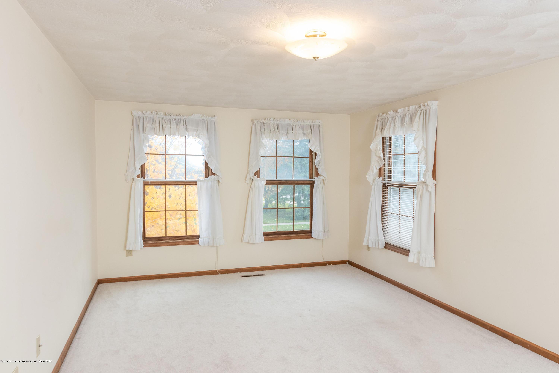 3981 Breckinridge Dr - Master Bedroom - 28