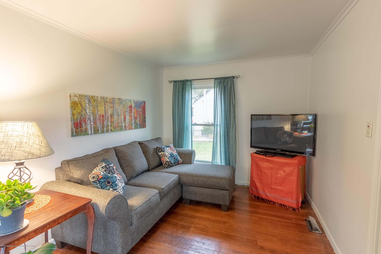 619 N Hagadorn Rd - Living Room - 9