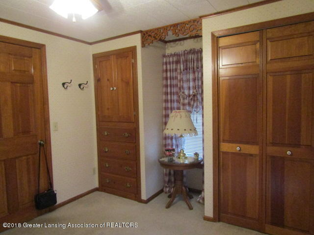 9105 Walker Rd - Bedroom 2 - 23